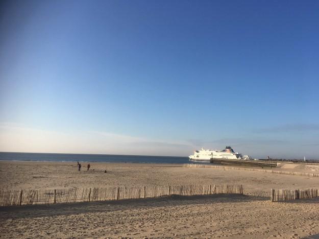 Ferry-port-Calais