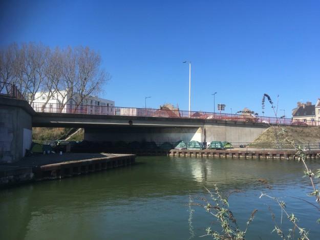 Sous les Ponts de Calais